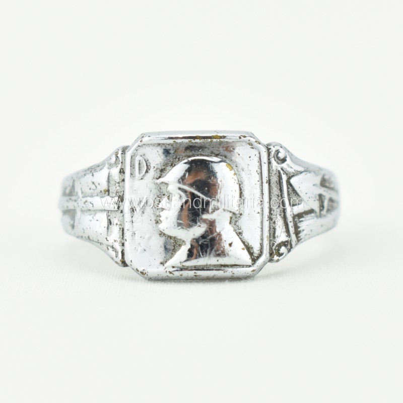 Italian ring with B. Mussolini, DVX, 1933–1943