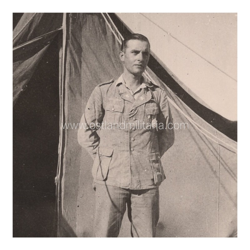 Photo of a DAK Panzermann in tropical uniform Germany 1933–1945
