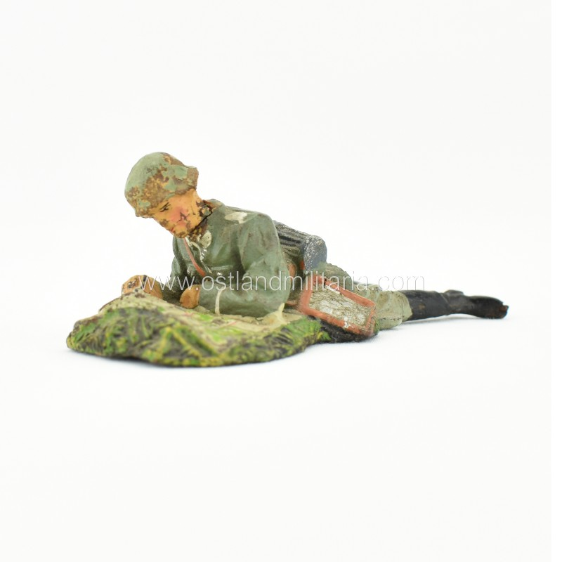 German Elastolin toy soldier with a map Germany 1933–1945