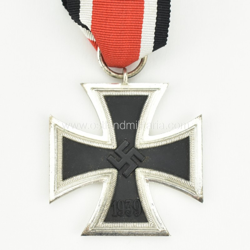 Iron Cross 2nd class by W. Deumer Germany 1933–1945